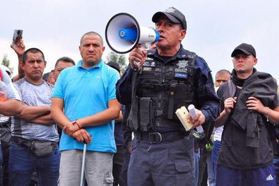 La Guardia Nacional, el nuevo cuerpo con el que el Gobierno de México quiere hacer frente al grave problema de inseguridad del país, empezó formalmente operaciones este 30 de junio pese a que miles de sus miembros ya actuaban desde hacía varios días en funciones de control migratorio.
