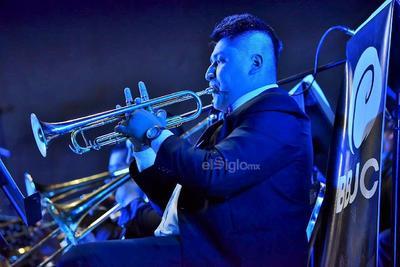 El primer concierto de la Big Band Jazz Coahuila (BBJC) estuvo lleno emociones.