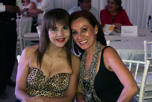 04072019 Gloria y Mayela.