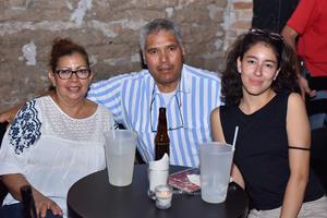 04072019 NOCHE DE JAZZ.  Ana Luisa, Manuel y Sofía.