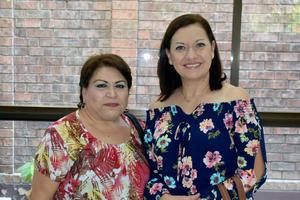 04072019 MUY CONTENTAS.  María Engracia y Magdalena.