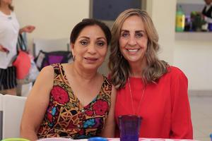 04072019 EN UNA FIESTA DE CUMPLEAñOS.  Gaby y Carmen.