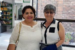 05072019 PRESENTACIóN DE LIBRO.  Patricia y Beatriz.