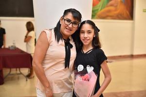 05072019 Violeta y Camila.