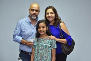 05072019 Osvaldo, Marcela y Lucía.