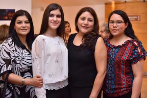 Olga, Victoria, Imelda y Jackie