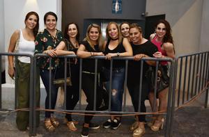 Ale, Gaby, Marcela, Zara, Gera, Vanina y Aída
