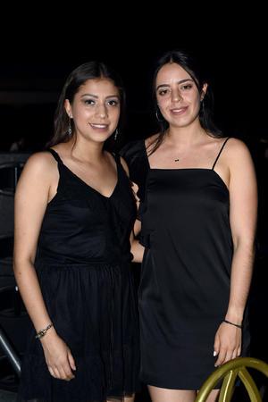 Camila y Andrea