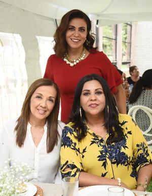 Claudia, Alejandra y Bibiana