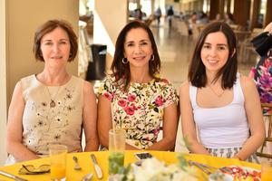Cecilia, Emma y Ana Sofía