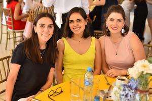 Veyra, Sofía y Marifer