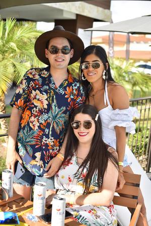 Raquel, Aneth y Roberto