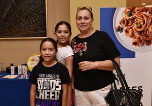 10072019 Blanca Santibáñez, Camila y Romina Borges.