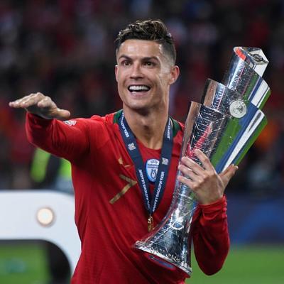 Cristiano Ronaldo es sexto con 109 millones.