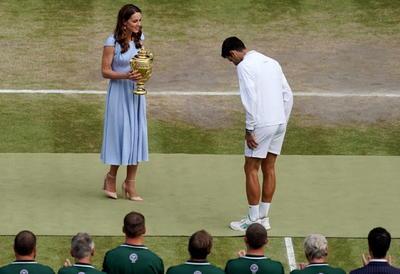 El ganador recibió un cheque de 2,350,000 libras (2,622,157 euros o 2,955,423 dólares) y 2,000 puntos ATP.