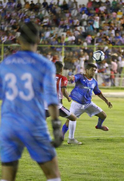 El juego estuvo lleno de calidad por las exestrellas que pisaron el cesped del Estadio Francisco Zarco.