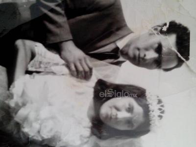Matrimonio del Sr. Javier Mijares Ramírez y Sra. Ma. Guadalupe Méndez de Mijares (31 de diciembre de 1969).