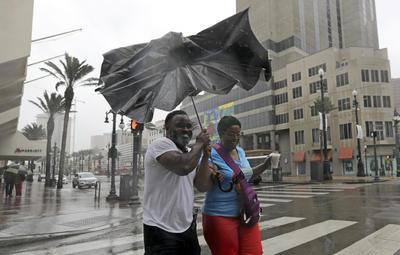 Además de las lluvias, se registraron fuertes vientos.