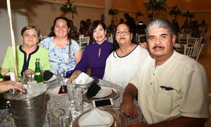 15072019 EN RECIENTE EVENTO.  Gloria, Berenice, Cristy, Juanita y Polo.