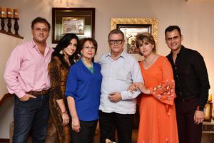 17072019 EN FAMILIA.  Héctor y Conchita con Conchita, Héctor, Cui y Mary Carmen.