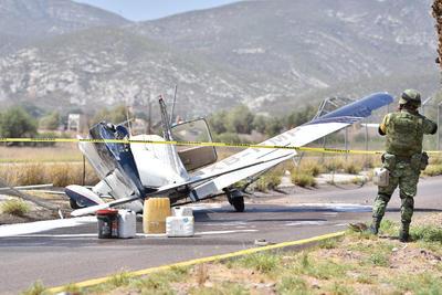 El piloto fue identificado como Rogelio Villarreal de la Garza, de 55 años de edad.