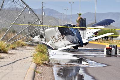 La aeronave venía procedente del aeropuerto Francisco Sarabia de Torreón, a donde acudió a cargar combustible.