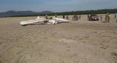 Minutos antes, una unidad aérea fumigadora terminó en el suelo en el poblado Gatas Mochas de San Pedro.
