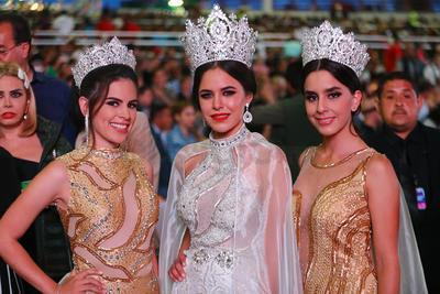 La Reina de la Fenadu y las princesas.