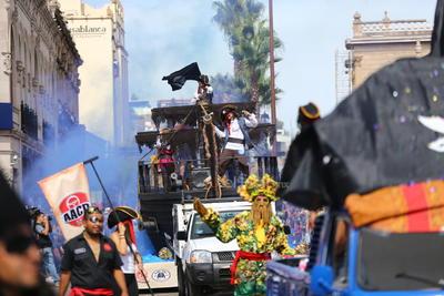 El primer lugar en la urna de 'Carro alegórico' quedó en manos de 'Los piratas del Caribe', a cargo de la Asociación de Auto Clubs Durango.
