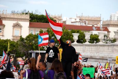 A la protesta se unieron personalidades puertorriqueñas.