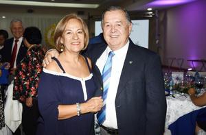 Lupita Leal de Gutiérrez y Omar Gutiérrez