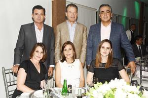 Maika y Paco, Marcela y Pato, Lica y Mabo