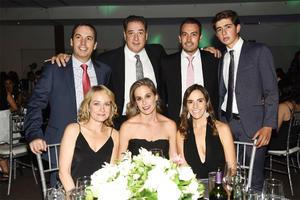Mayela, Irene, Luly, Fer, Pibe, Fernando y Fernando