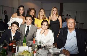 Salvador Ganem y familia