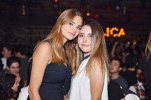 Andrea y Paula