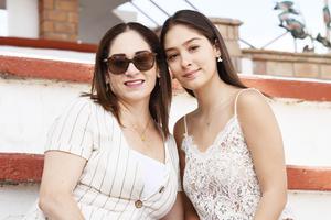 Emma de la Vega y Fernanda Fuentes
