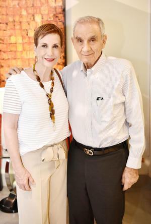 Monserrat y Fernando Murra