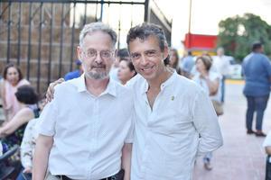 Michel Carón y Rogelio Mora