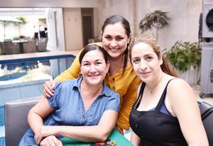 Mónica, Amalia y Lizeth