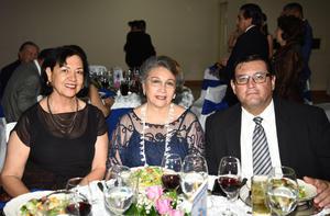 23072019 Karina Landeros, Eduardo Atilano y Dora Treviño.