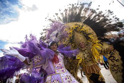 Los tambores del maracatu, la literatura de cordel, las empanadas de carne y el olor a vino llenan durante diez días las calles.