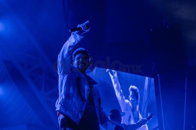 Tras la pausa se dio una batalla de rap entre los músicos, justo antes de 'Báilame despacio'.