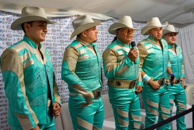 Antes del concierto la agrupación ofreció una rueda de prensa con los medios locales.