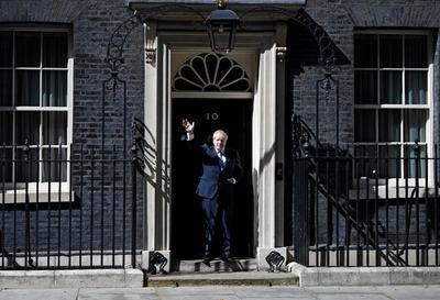 'Sin condiciones ni peros', dijo que emprenderá la tarea de 'cumplir con la voluntad del pueblo', expresada en un referéndum en 2016, y sacará al Reino Unido de la UE en la fecha prevista del 31 de octubre.