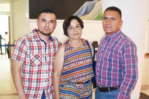24072019 Miguel Ángel, María Dolores y Miguel Ángel.