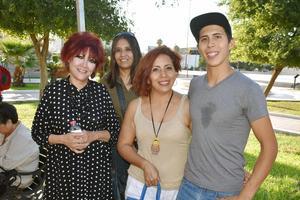 26072019 FERIA TURÍSTICA.  Rosario, Maribel, Berenice y Érick.