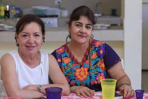 26072019 AMIGAS.  Carmen y Ana Laura.