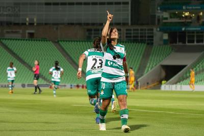 Cinthya Peraza  Cinthya Peraza Fernández #10 Media Santos  Santos vs Tigres  juego correspondiente a la jornada 3 de la apertura 2019 de la Liga MX femenil en TSM Oficial - Monday 29 de July de 2019 21:00h