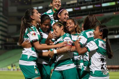 celebración de gol  Santos vs Tigres  juego correspondiente a la jornada 3 de la apertura 2019 de la Liga MX femenil en TSM Oficial - Monday 29 de July de 2019 21:00h