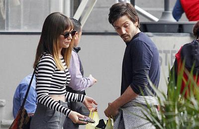Camila Sodi: Su relación duró seis años. Se conocieron durante el rodaje de El búfalo de la noche en 2007, donde él era protagonista. Contrajeron matrimonio al año siguiente.